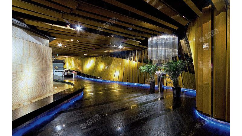 海鲜自助餐厅装修案例效果图-齐家装修网