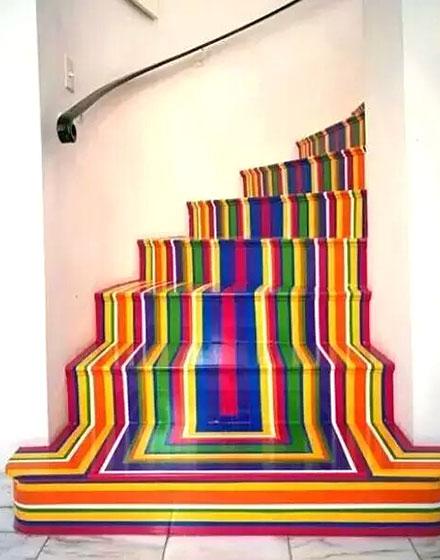 创意木质彩绘楼梯设计