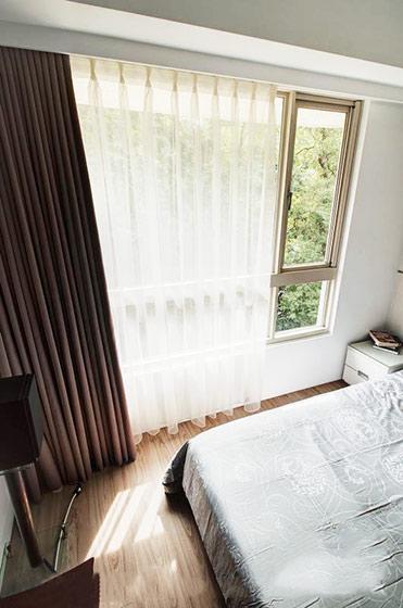 现代简约跃层装修卧室设计