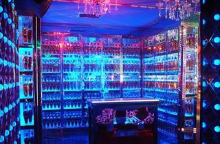 酒吧酒柜设计效果图