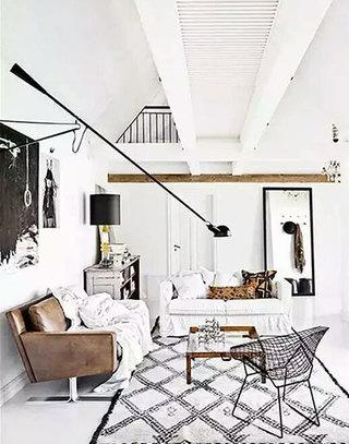 温馨棕色客厅沙发设计