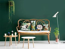 10个深绿色客厅 给家添抹神秘感