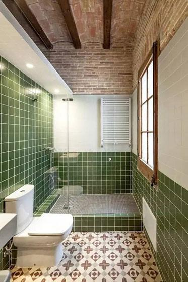 草绿色瓷砖卫生间效果图