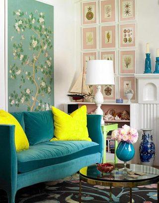 黄色抱枕高纯度为客厅吸睛
