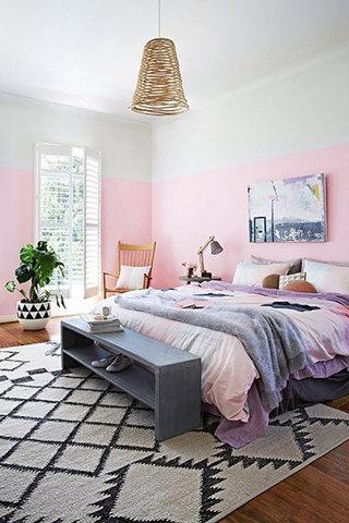 粉色北欧卧室