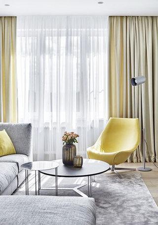 单身男士的现代家客厅窗户设计