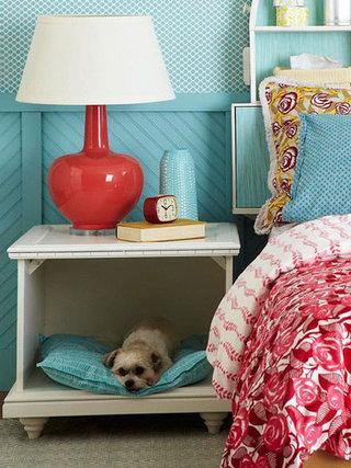 可爱白色卧室床头柜