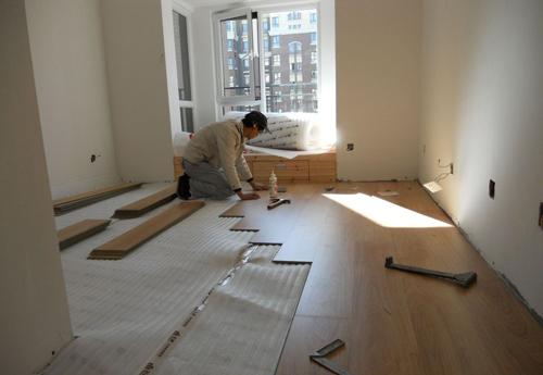 施工流程 施工日记  相关标签:装修日记地板安装 无数业主为房子装修