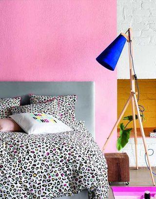 时尚卧室布置效果图