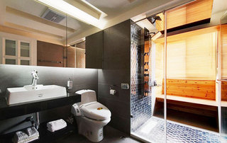 55平米的温馨生活淋浴房设计