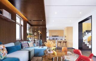 时尚豪华色彩客厅效果图