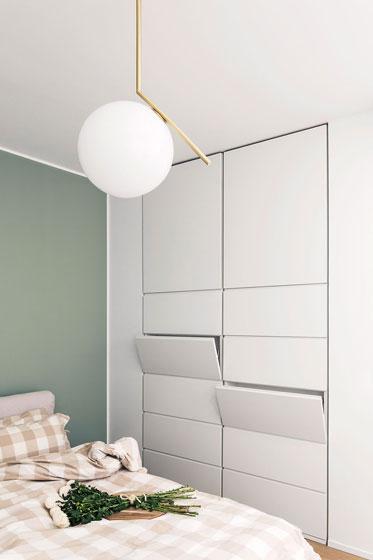 清新简约公寓卧室衣柜设计