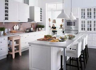 大户型厨房吧台设计效果图