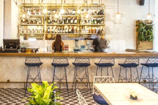 温馨咖啡店吧台效果图图片
