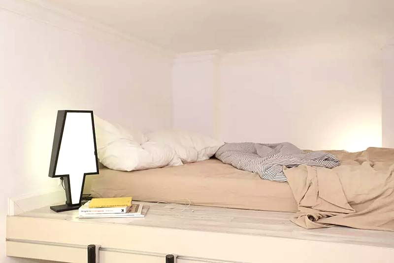 13平米小户型loft卧室床装修效果图