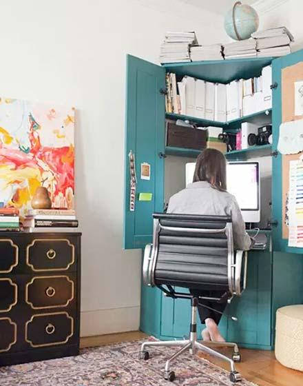 小户型转角壁橱书桌设计