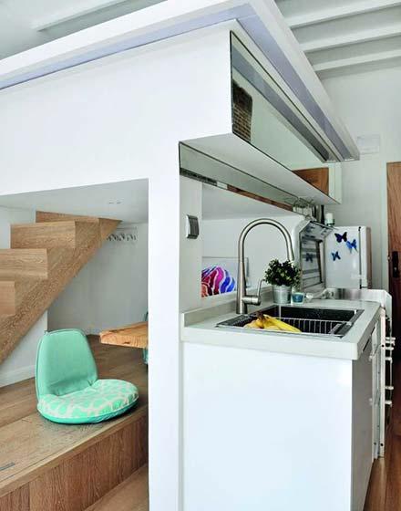 23平米挑高小户型厨房橱柜图片