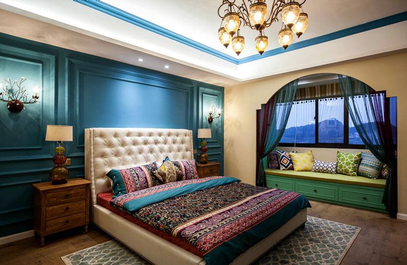 波普异域风情卧室带飘窗设计