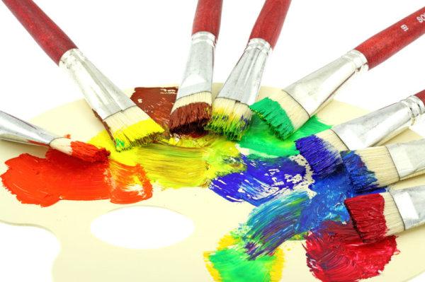 颜料盘画笔简笔画