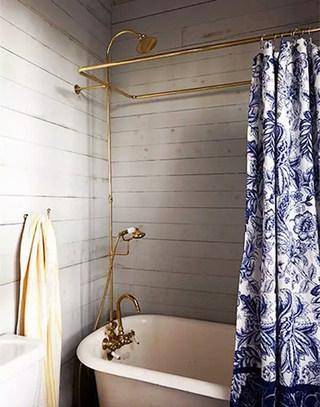 复古卫生间浴缸图片