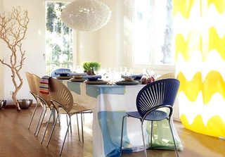 清新蓝色餐厅桌布图片