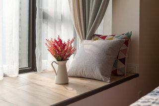 温馨主卧室飘窗装修效果图