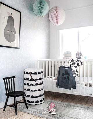 可爱北欧儿童房婴儿床图片