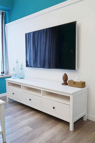 蓝色白色简洁电视背景墙装修效果图