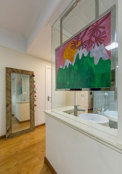 白色质感卫生间洗手台装修效果图