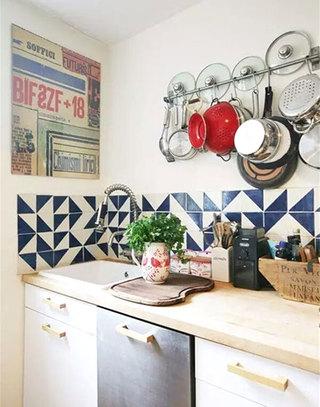 复古厨房拼接瓷砖装修