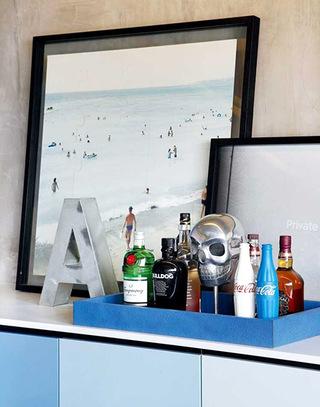 86平单身公寓橱柜收纳图片