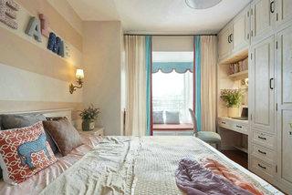 温馨裸色调主卧室装修效果图