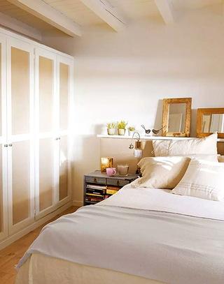 89平两居室卧室衣柜图片