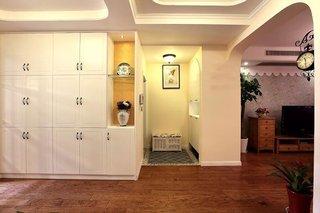 田园风格白色玄关柜装修效果图