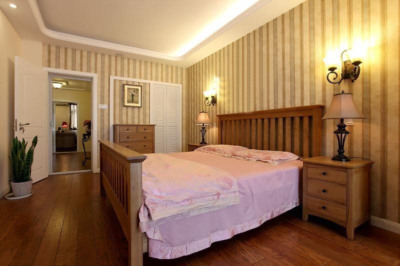 田园风格条纹壁纸卧室装修效果图