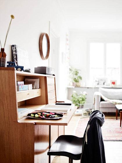 清新北欧风实木书桌装修效果图