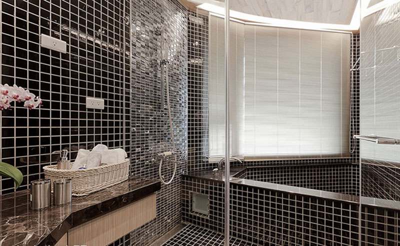 简约风格黑色小格子瓷砖卫生间装修效果图