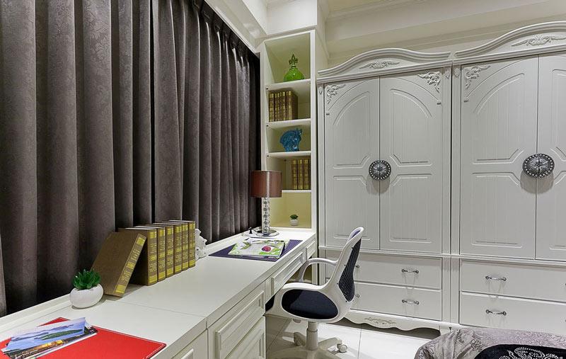 优雅主卧室飘窗改书桌设计效果图-装修效果图案例 2017年装修效果图