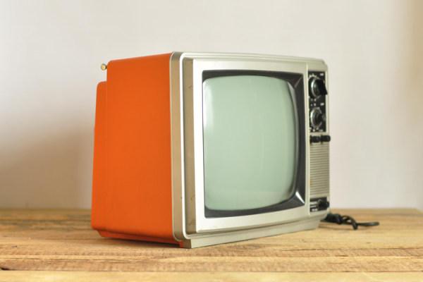 日立c25m彩色电视机行震荡电路图