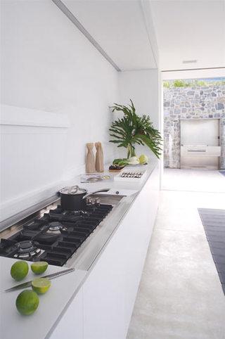 260平现代简约别墅白色厨房装修图片