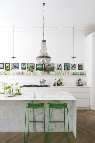 清新嫩绿色田园风厨房吧台装饰