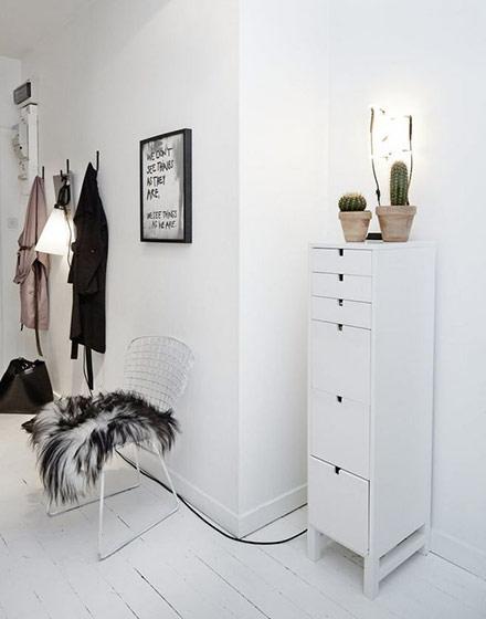 简洁北欧风格门厅柜图片