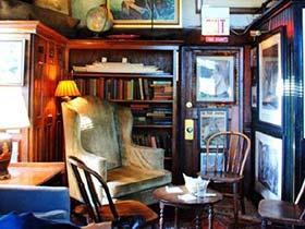 藏在自己的静谧中  10款书房设计实景图