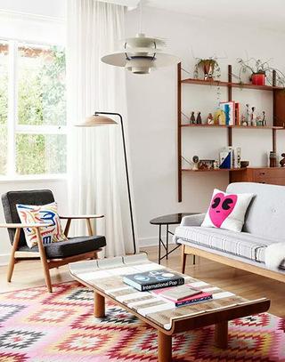 温馨宜家风客厅 几何图形地毯设计图