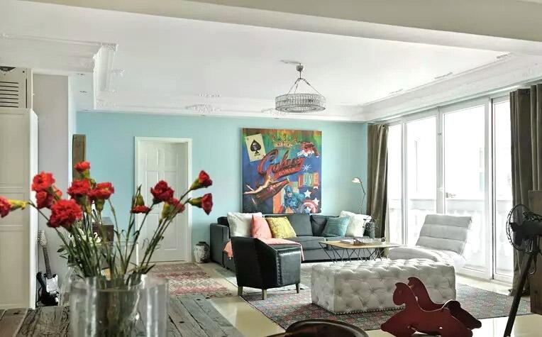 90平混搭风格客厅沙发摆放图片