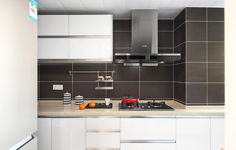 简约风格厨房 灰色系背景墙设计