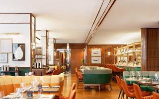 多伦多四季酒店餐厅吊顶装修图片