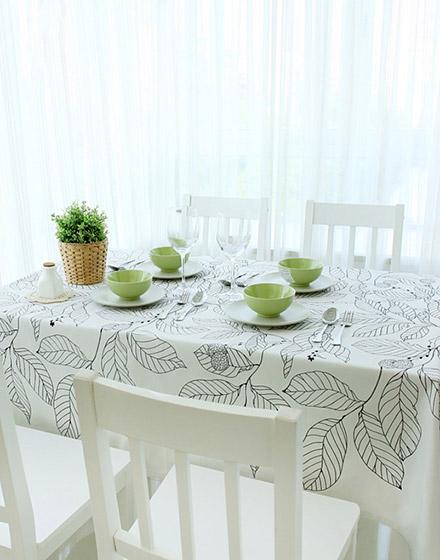 清新餐厅桌布装饰图片