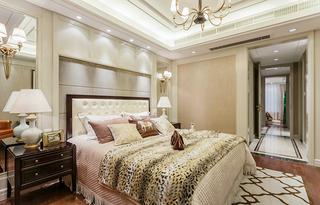 浪漫精致美式主卧室装饰图