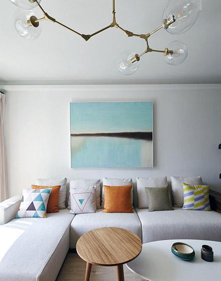 清爽北欧风客厅 沙发背景墙装饰画